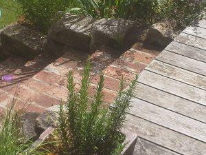 Strauchliebe Pflasterarbeit Treppe